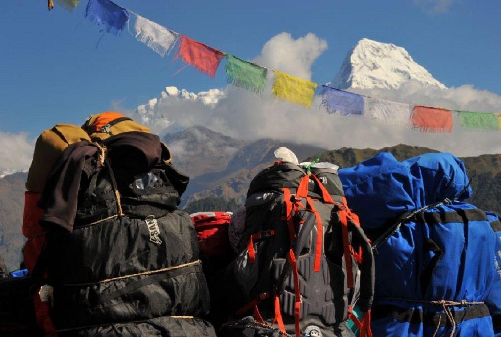 Trekkers bagpack in Gurung hill deurali on ghorepani tre