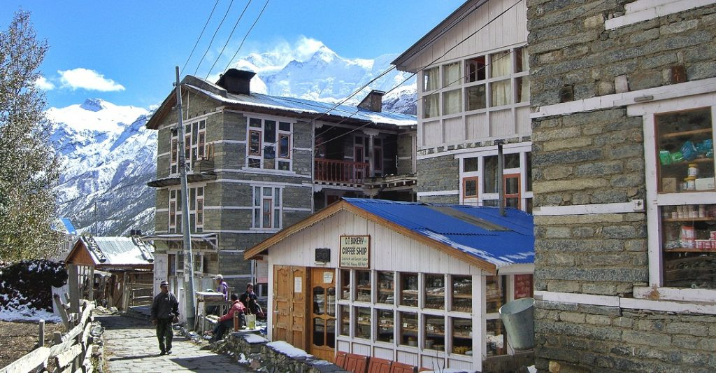 Manang village view